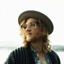 Allen Stone brings joyful noise to the Center Stage Theater