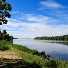 Freewheeling in the Loire: A Bicycle Tour of Chinon