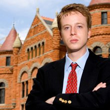 """Hyperlink"" charges against Barrett Brown dropped in ""victory for press freedom"""