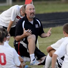 Butler soccer coach winning the battle with early-onset Alzheimer's while reviving team