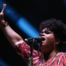 Music: Jill Scott fills hearts and minds at Verizon Theatre on Friday night | GuideLive