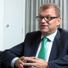 Finnish Premier Faces Dwindling Options to Avoid New Election