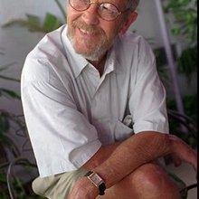 Best-selling author Elmore Leonard dies at 87