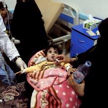 Unpaid doctors and nurses fight largest cholera epidemic on record