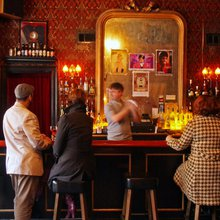 French Quarter bar guide offers readers a colorful drinking companion