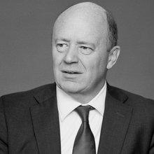 Can John Cryan Save Deutsche Bank From Itself?