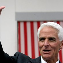 Crist, in early blow, loses campaign manager in Florida
