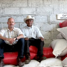 Coffee shops, farmers and a banker team up to save Latin American coffee