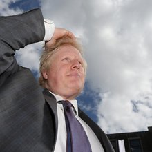 Mayor of London Boris Johnson Survives Unexpectedly Close Vote