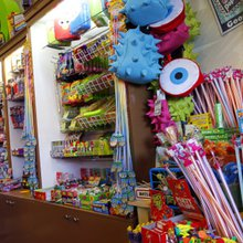 Remember these? Dallas-area candy stores sell Pop Rocks, Astro Pops and more