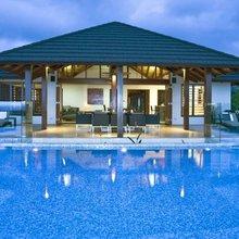 Queensland's hideaway hotels and lavish retreats