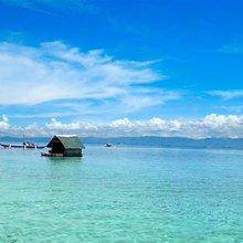 Exploring picturesque Philippines