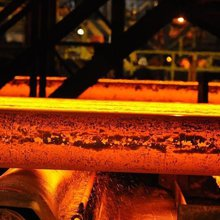 Steelmaker SSI UK to mothball Redcar plant, cut 1,700 jobs