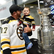 Keeper of the Stanley Cup brings trophy to NH