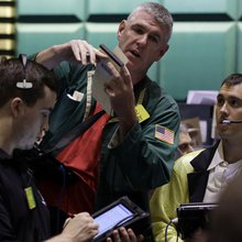 Why Oil Traders Are Writing Love Poems to Yahoo