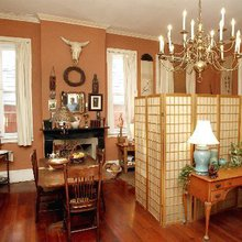 Steeped in history, an author's French Quarter apartment offers inspiration