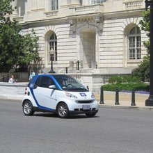 The Borrow-at-Will, Park-Anywhere Smart Car : Discovery News