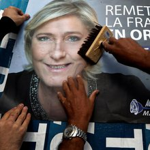 Here's How the 'Bernie Bros' of France Could Elect Le Pen
