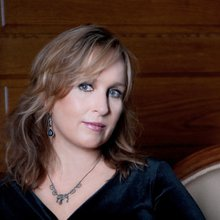 Gretchen Peters: Refusing To Go Gently