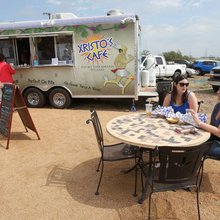 Food truck craze expands in downtown Waco