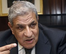 Egypt's new prime minister faces labor crisis, strikes - Al-Monitor: the Pulse of the Middle East