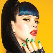 Dear Lily Allen: Other Women Are Not The Enemy
