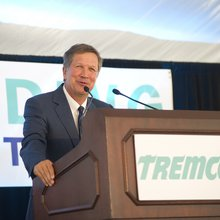 Why John Kasich is the Media's Favorite Republican Governor