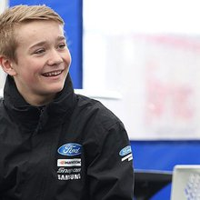 Billy Monger Just Giving page passes £800,000 on his 18th birthday