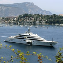 Russians Skip Riviera Jaunt as Sanctions Ground Private Jets