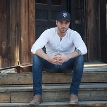 Tyler Rich on Making His Way from Yuba City to Music City | SubMerge Magazine