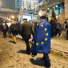 From hope to disenchantment: Ukraine's arduous road toward the EU and NATO -