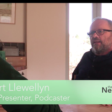 The Next Energy News Show: Robert Llewellyn, BMW i8, and Passivhaus | Next Energy News