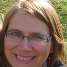 Veronika Hackenbroch on Muck Rack