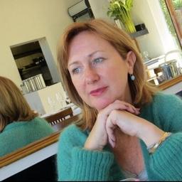 Fiona Smith on Muck Rack