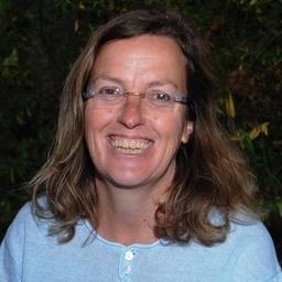 Robyn Dixon on Muck Rack