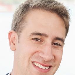 Andrew Kahn on Muck Rack