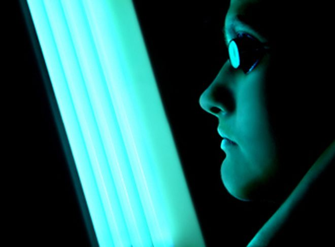 negative effects on tanning beds Does tanning in a tanning bed cause less damage than natural sunlight  we  first learned about the harmful effects of sunlight from long-term.