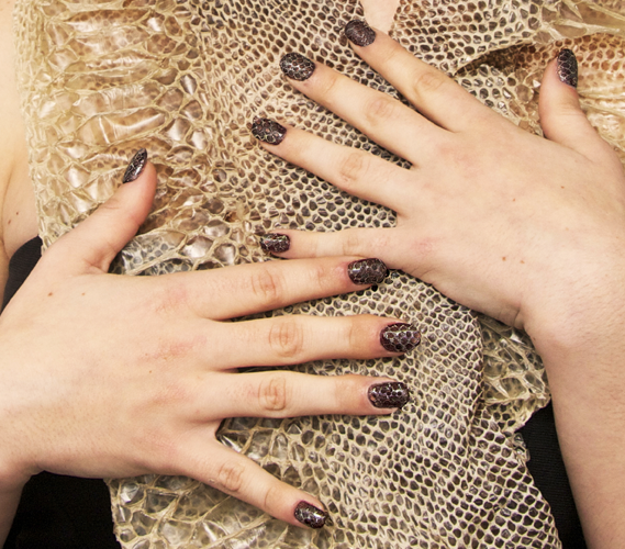 Free Manicure Beauty Hands Makeover: Nail Polish Trends Latest Manicures Unique Polishes