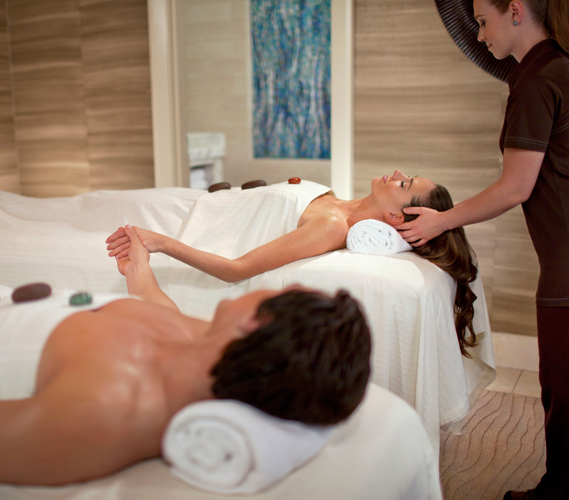 Spa treatments with honey health wellness spa the for Couple spa near me