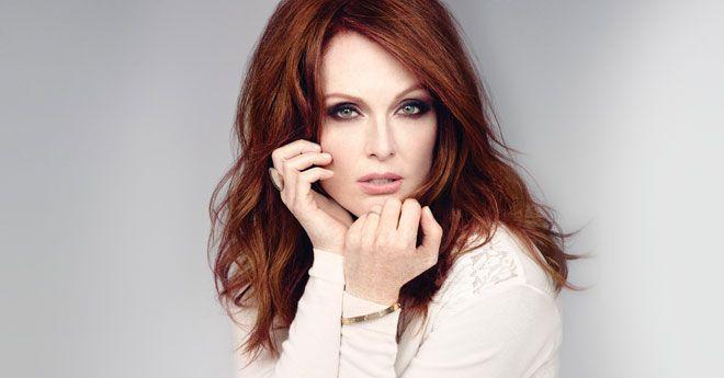 Julianne Moore S 13 Beauty Essentials Celebrity