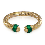 A GREEN CHALCEDONY AND GOLD BANGLE -    - Auction of Fine Jewels & Watches