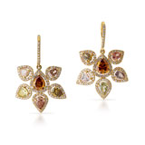 A PAIR OF DIAMOND 'FLOWER' EAR CLIPS -    - Autumn Auction of Fine Jewels and Silver