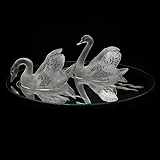 A PAIR OF SWANS, LALIQUE -    - Travel and Leisure Auction