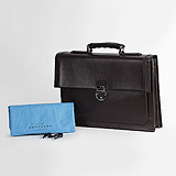 A DOCUMENT CASE, SMYTHSON -    - Travel and Leisure Auction