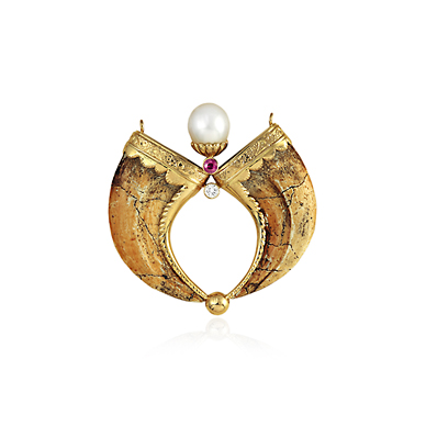 A PEARL AND DIAMOND 'ROCK AND RAJA' PENDANT