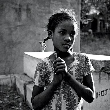 Sidi Girl, Pirubhai Dargah, Baroda, 2006