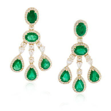 A PAIR EMERALD AND DIAMOND EAR PENDANTS