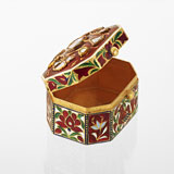 -A GOLD ENAMEL BOX