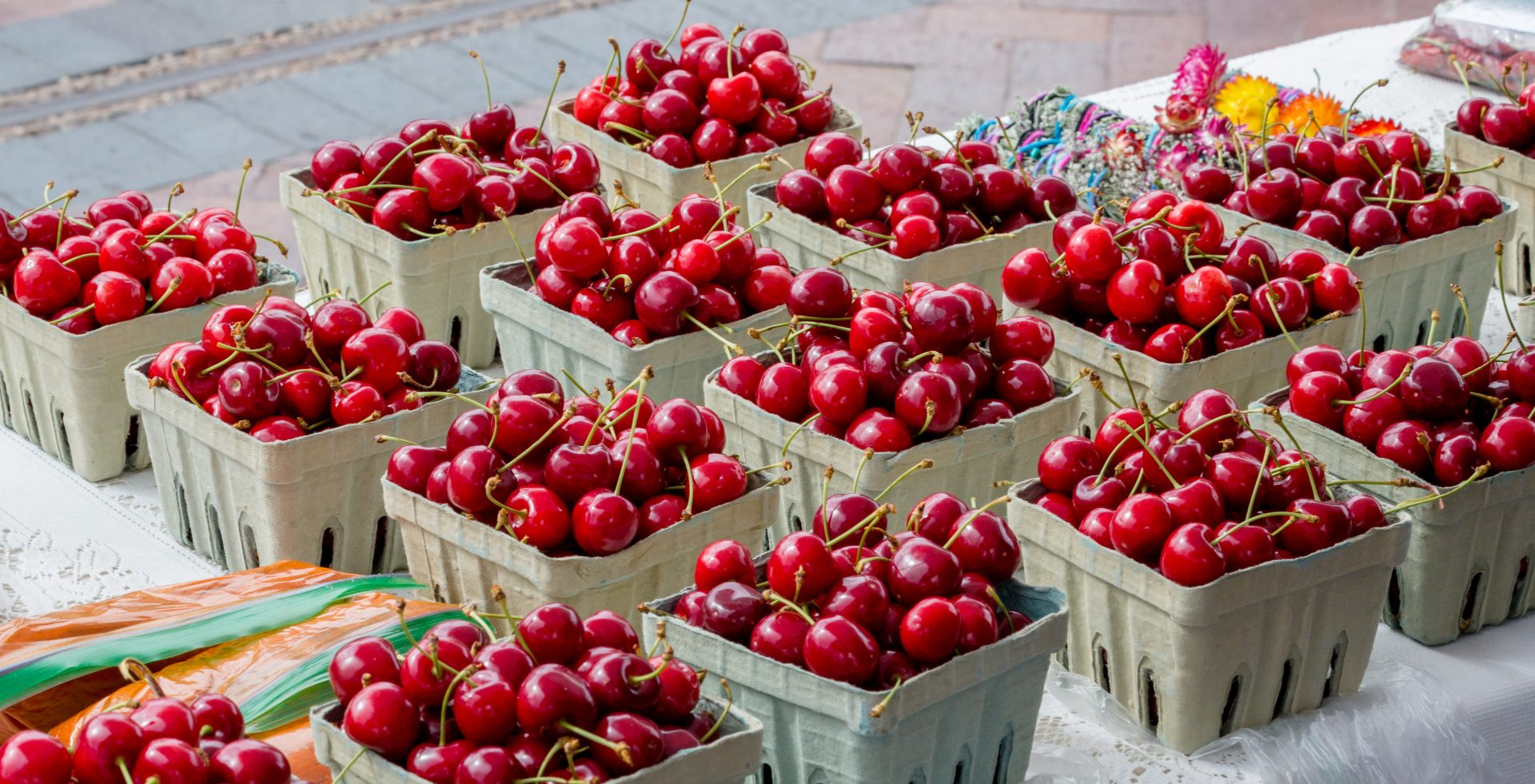 Cherries_2015_DanielQuatPhotography_SantaFe_FarmersMarket_1