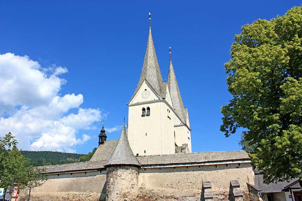 Pfarr- und Wehrkirche St. Martin in Diex